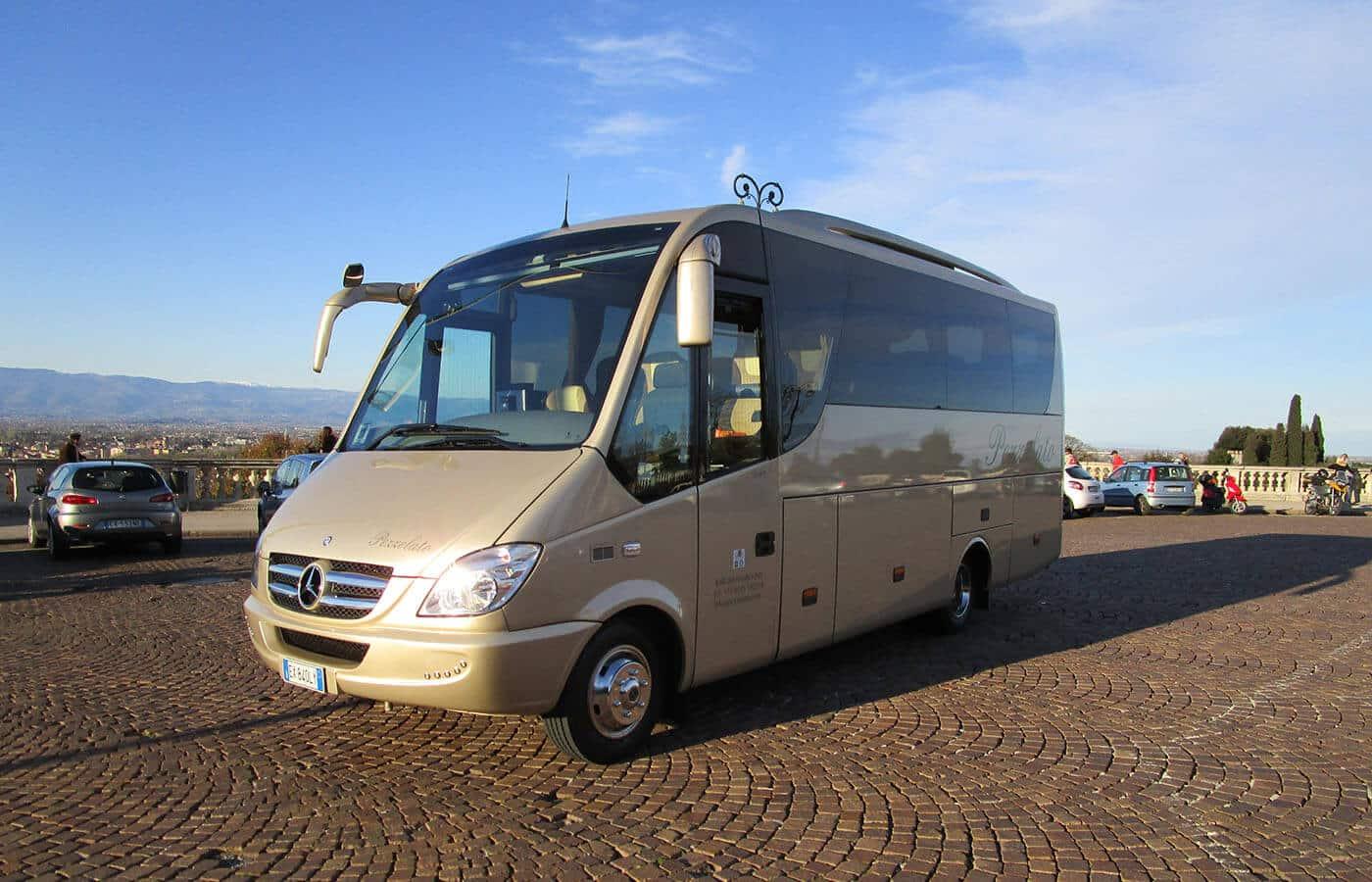 Autonoleggio Minibus Vicenza 1